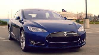 Who Is Tesla Tesla S Model S Now Does An Even Loonier 60 Mph In 2 5
