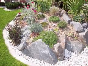 Kleiner Steingarten Bilder Die 25 Besten Ideen Zu Vorgarten Anlegen Auf Pinterest