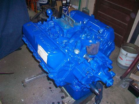 image ford blue engine paint