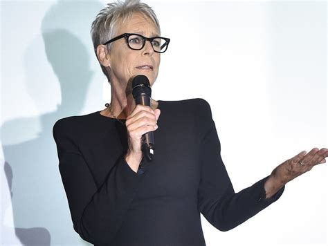 jamie lee curtis fox news jamie lee curtis fires back at fox news over gun control