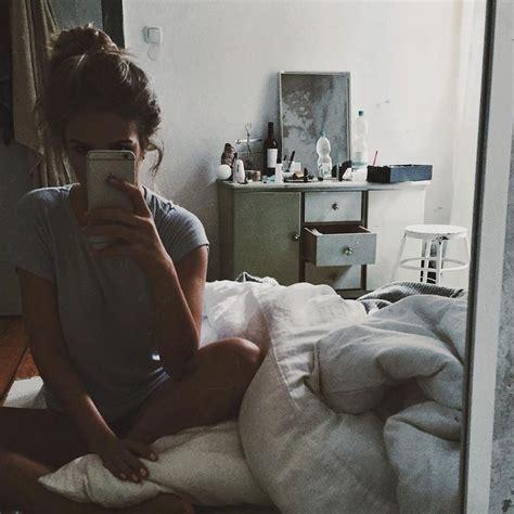 Bed Selfies the 25 best mirror selfies ideas on selfie