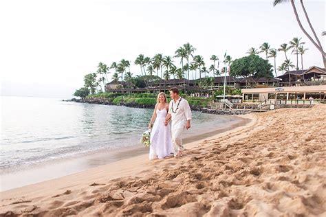 sea house maui maui destination wedding at the sea house restaurant hawaii wedding photographer