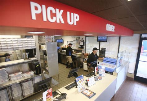 dominos hsr layout online order new domino s in tucson features pizza theater concept