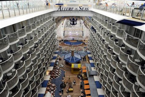 world s largest cruise ship the world s largest cruise ships a look inside photos