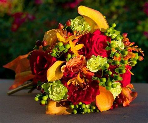 Fall Wedding Flower Arrangement by Fall Flowers For Weddings