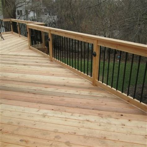 deck features unique design features