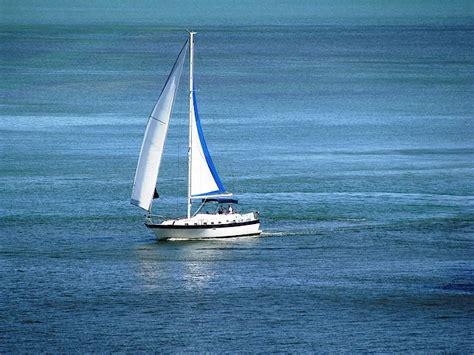 sailboat key sailing in florida s sailboat charters in miami and