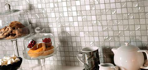 rivestimenti per piastrelle cucina piastrelle mosaico per rivestimenti bagno e cucina in gres