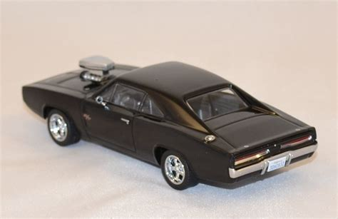Greenlight 1 43 Dodge Charger The Fast And The Furius 2001 Promo dodge charger 1970 fast and furious 5 2011 greenlight 1 43