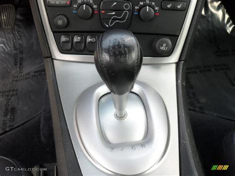 volvo   awd  speed manual transmission photo  gtcarlotcom