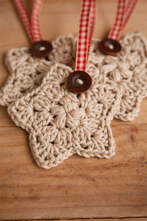 crochet ornaments 28 crochet yule decorations you can make in one evening books crochet crochet set of 3