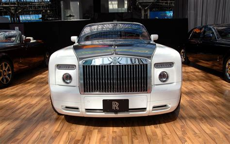 white rolls royce wallpaper white rolls royce ghost wallpaper