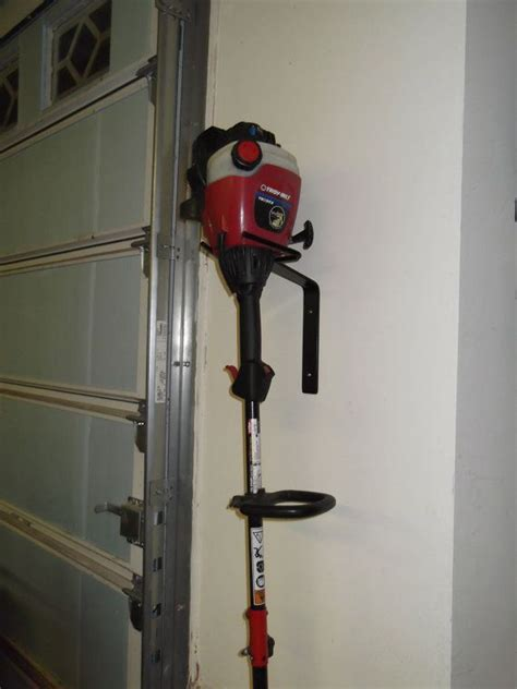 trimmer weed eater wall hanger storage