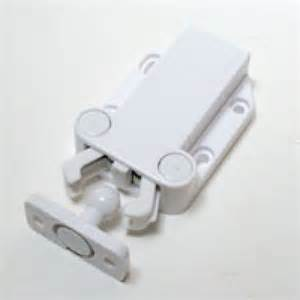 Cabinet Door Latches Touchlatch Non Magnetic Cabinet Door Earthquake Latches 4 Pack