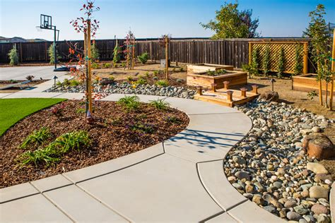 landscaping sacramento and water summary fivestar