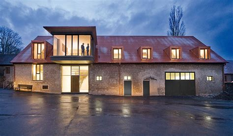scheune zu wohnraum umbauen umbau scheune in sla b 252 ro stahl lehrmann architekten