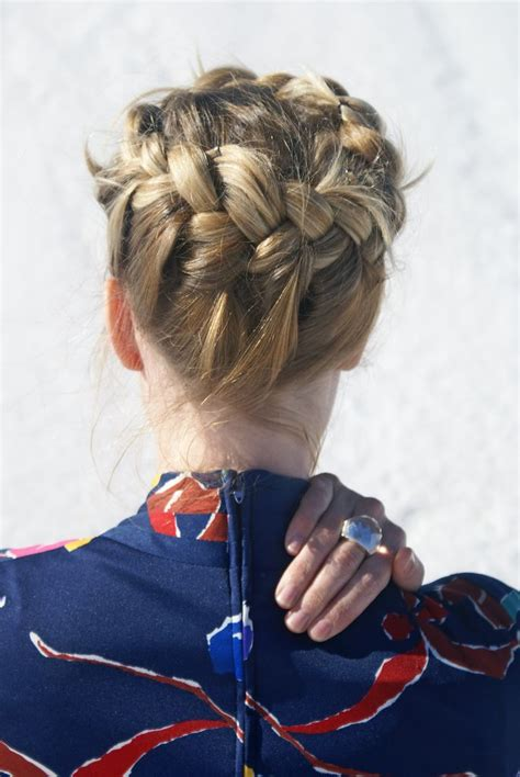 halo pony tail 51 best images about buns and ponytails on pinterest