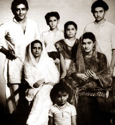 biography related movie the prithviraj kapoor family tree with sons raj shammi