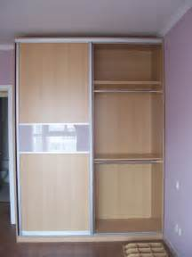 Bedroom Doors For Small Rooms Two Tone Sliding Closet Door For Small Bedroom Space