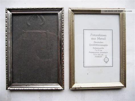 alte bilderrahmen zwei kleine alte bilderrahmen rahmen metall