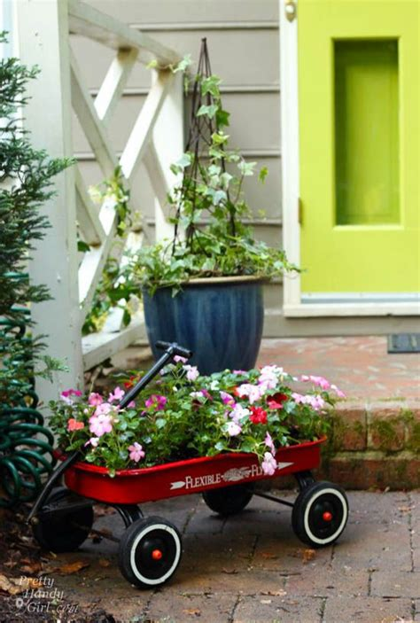 Wagon Planters by 17 Best Ideas About Wagon Planter On Wagon