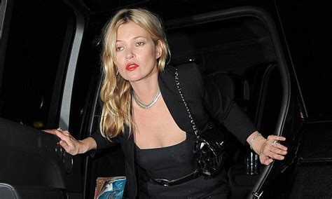 What Is That White Powder On Kate Moss by Sebastian Shakespeare What Is That White Powder On Kate