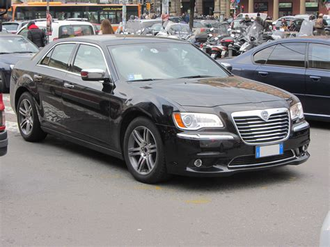Auto Lancia 2016 Lancia Thema Lx Pictures Information And Specs