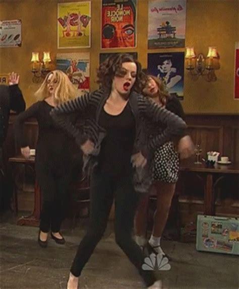 emma stone dancing emma stone dance gifs wifflegif