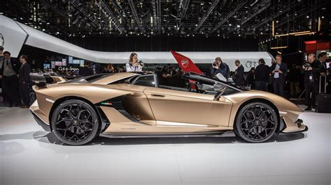 lamborghini aventador svj roadster debuts in geneva with 770 hp roadshow