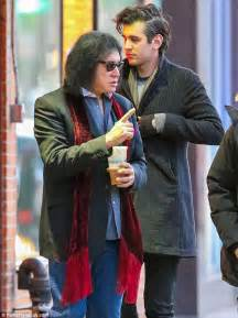 black friday apple gene simmons and son nick go shopping in new york daily