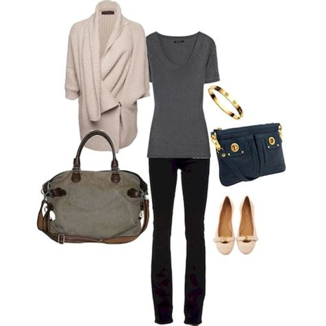 comfortable clothes to fly in best 25 airplane outfits ideas on pinterest airplane