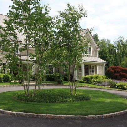 17 best ideas about circle driveway landscaping on pinterest driveway landscaping ornamental
