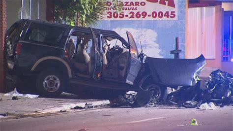 boat crash kills 3 car crash kills 3 in miami