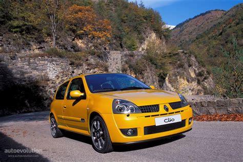 renault clio sport 2004 renault clio rs 2001 2002 2003 2004 2005 autoevolution