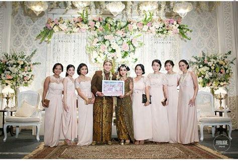 Batik Seragam Nikah seragam nikah inspirasi kebaya vani brides