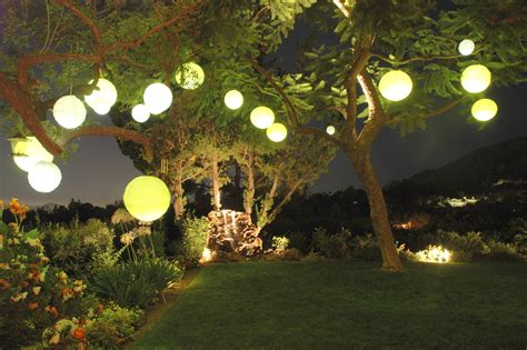 backyard lanterns paperlanternstore blog paper lanterns parasols party
