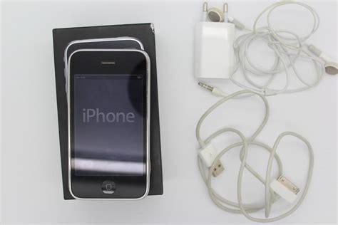 apple iphone 3gs 32gb black inc charger original box catawiki
