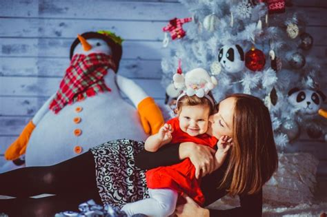 commercial woman hits snowman darkblue mother woman snowman indoor photo free download