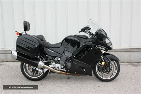 Kawasaki Touring Motorcycles by 2009 Kawasaki Concours Zg1400 Sport Touring Bike