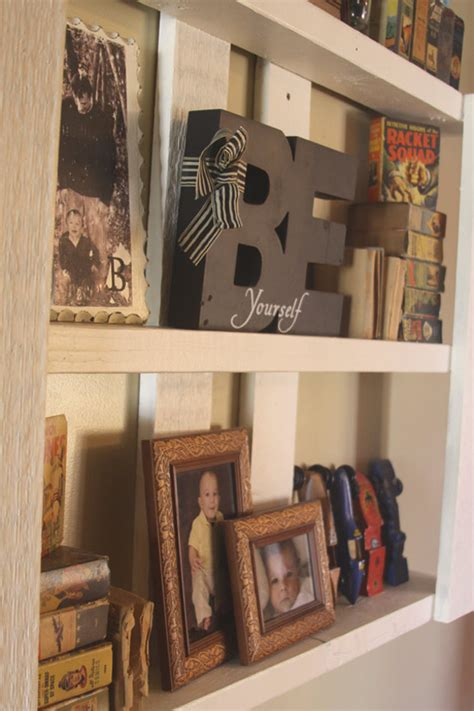 easy do it yourself pallet display shelf a spotted pony