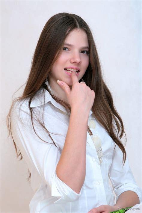 celebridades femeninas por e tvalens sandra orlow orlow pics set young sandra orlow model images usseek