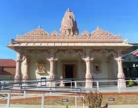 hindu temple file gurjar hindu temple apple tree centre ifield crawley october 2011 jpg wikimedia commons