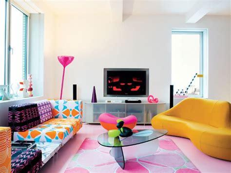 decorate new apartment descubre c 243 mo decorar una sala con muebles antiguos