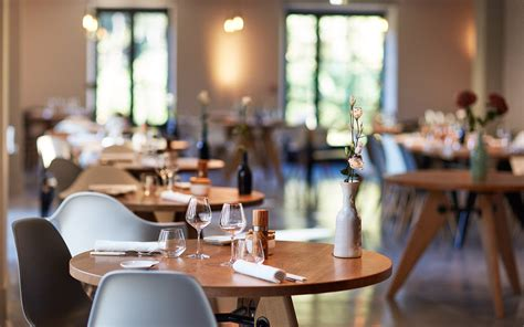 The Maine Dining Room le champ des lunes gourmet restaurant in the heart of luberon