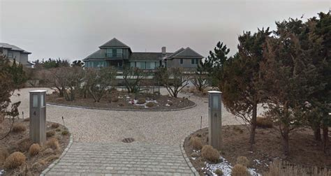 Eli Manning House Pictures by Eli Manning Adds Htons House To Portfolio Streeteasy