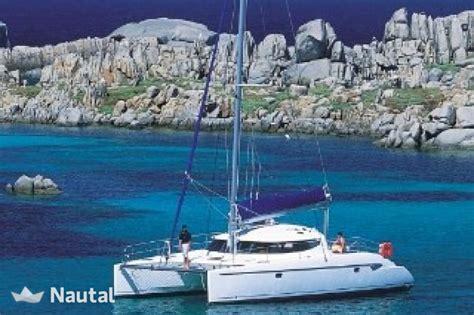 excursion catamaran ile lavezzi louer catamaran fountainte pajot lavezzi 40 porto nikiana