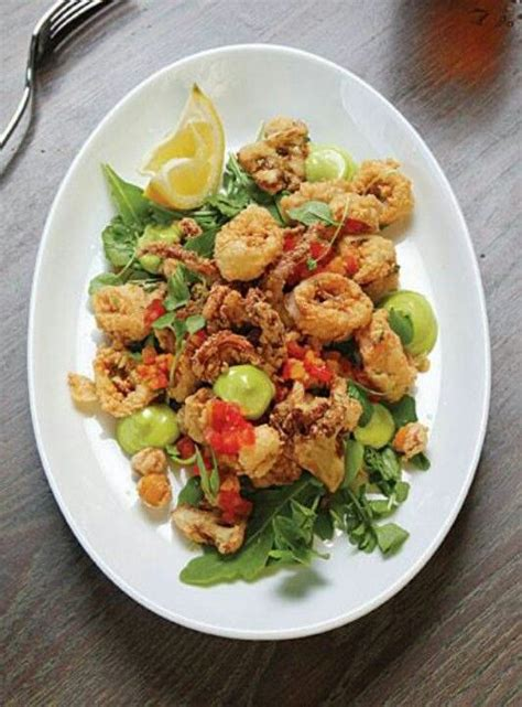 fried calamari salad fried calamari salad calamari squid octopus pinterest
