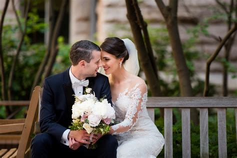 Wedding Photos by Pittsburgh Wedding Photographers Leeann