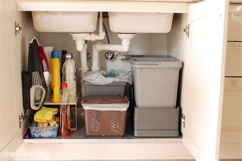 sotto lavello come organizzare il sotto lavello della cucina una vita