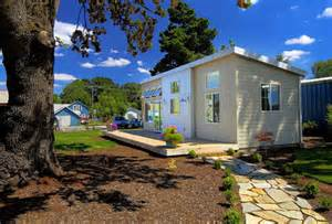 ideabox modern pre fab park model home